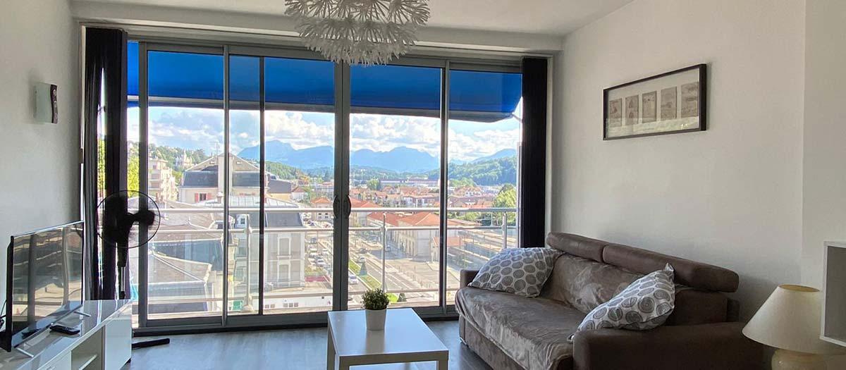 une belle pièce à vivre avec vue panoramique aix les bains